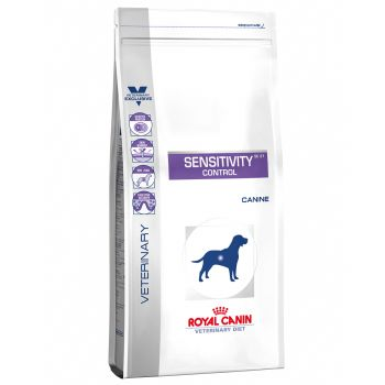Dieta veterinara Royal Canin Sensitivity Control Dog 7 kg caini
